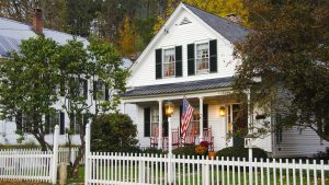 Is this a good time to buy a home? Here's what you need to know to score a deal