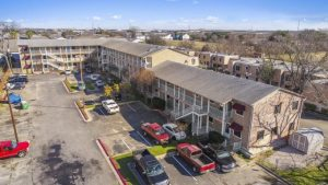 Austin developer continues buying spree with apartment complex deal