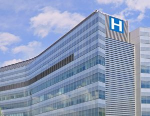 Better Buy: Healthpeak Properties vs. Physicians Realty Trust